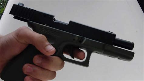 Airsoft: Shooting my Co2 Glock 17 - YouTube