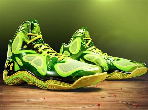 Check out Stephen Curry's 'Voodoo' shoes | Field of Teams